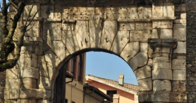 Narni, la Porta di De Sade, ovvero Porta Romana