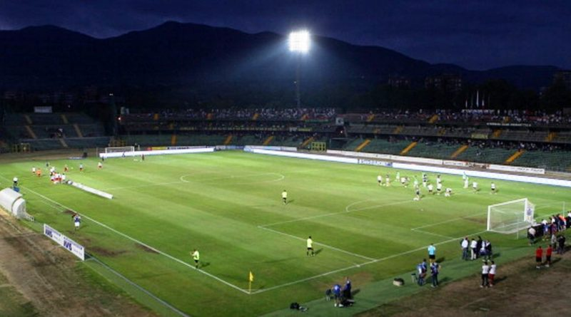 Ternana bella di sera, seconda vittoria consecutiva: Spal battuta 1-0 grazie al siluro di Martella